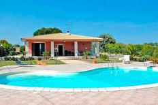 Holiday home 1432788 for 8 persons in Floridia