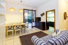 Appartement 1432850 voor 7 personen in Marina di Campo