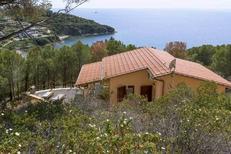 Casa de vacaciones 1432855 para 3 personas en Pareti