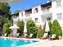 Appartement 1434364 voor 3 personen in Skíathos