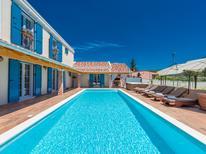 Casa de vacaciones 1435426 para 8 personas en Novigrad