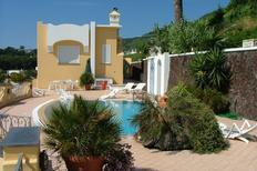 Ferienwohnung 1435460 für 5 Personen in Barano d'Ischia