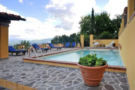 Für 4 Personen: Hübsches Apartment / Ferienwohnung in der Region Gattaia