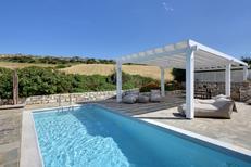 Vakantiehuis 1435849 voor 8 personen in Paros