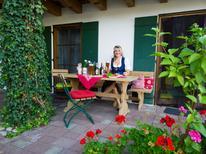 Ferienwohnung 1435989 für 5 Personen in Burggen