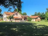 Vakantiehuis 1436178 voor 14 personen in Mimizan