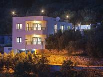 Ferienhaus 1436224 für 6 Personen in Makarska