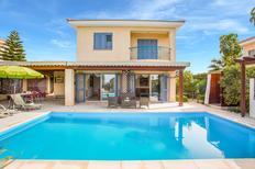Vakantiehuis 1436799 voor 7 personen in Neo Chorio