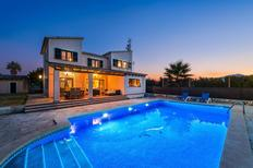 Holiday home 1437025 for 10 persons in Alcúdia