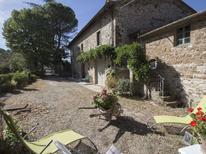 Vakantiehuis 1437340 voor 6 personen in Radda in Chianti