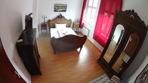 Room : Region Brandenburg für 3 Personen