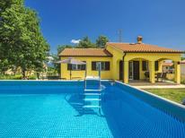 Villa 1437649 per 6 persone in Vrecari