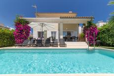 Holiday home 1437880 for 8 persons in Alcúdia