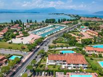 Holiday apartment 1438932 for 5 persons in Sirmione-Colombare
