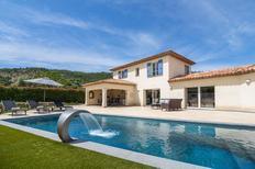 Rekreační dům 1439000 pro 10 osob v Le Plan-de-la-Tour