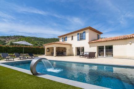 Gemütliches Ferienhaus : Region Cote d'Azur für 10 Personen