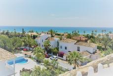 Appartement 1439822 voor 6 personen in Marbella