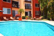 Apartamento 1440060 para 4 adultos + 2 niños en Puerto Vallarta
