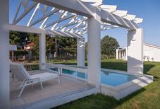 Villa 1440462 per 4 persone in Douneika