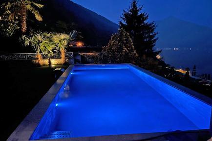 Gemütliches Ferienhaus : Region Tessin für 10 Personen