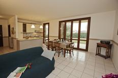 Ferienwohnung 1440681 für 6 Personen in Padenghe sul Garda