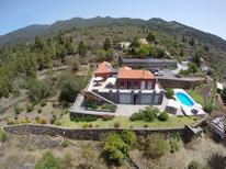 Ferienhaus 1441348 für 8 Personen in Tijarafe