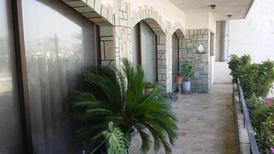 Ferienwohnung 1446042 für 8 Personen in Acharnai