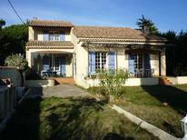 Ferienhaus 1446076 für 6 Personen in Loriol-du-Comtat