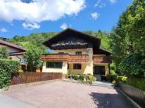 Ferienwohnung 1446361 für 4 Personen in Zell am See