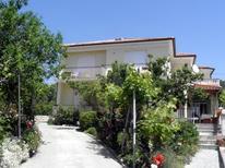Rekreační byt 1447197 pro 4 osoby v Banjol