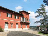 Ferienhaus 1447453 für 7 Personen in Asti