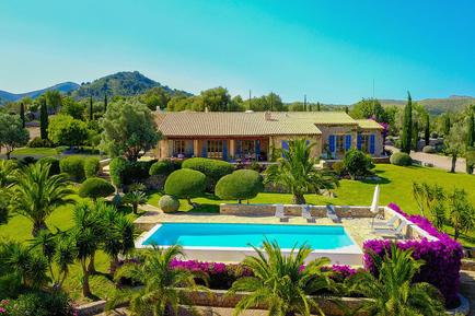 Gemütliches Ferienhaus : Region Balearen für 12 Personen
