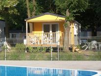Casa de vacaciones 1448046 para 4 personas en Dolni Pocernice cerca de Prag