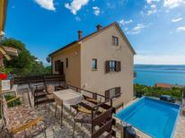Ferienhaus 1449428 für 15 Personen in Crikvenica