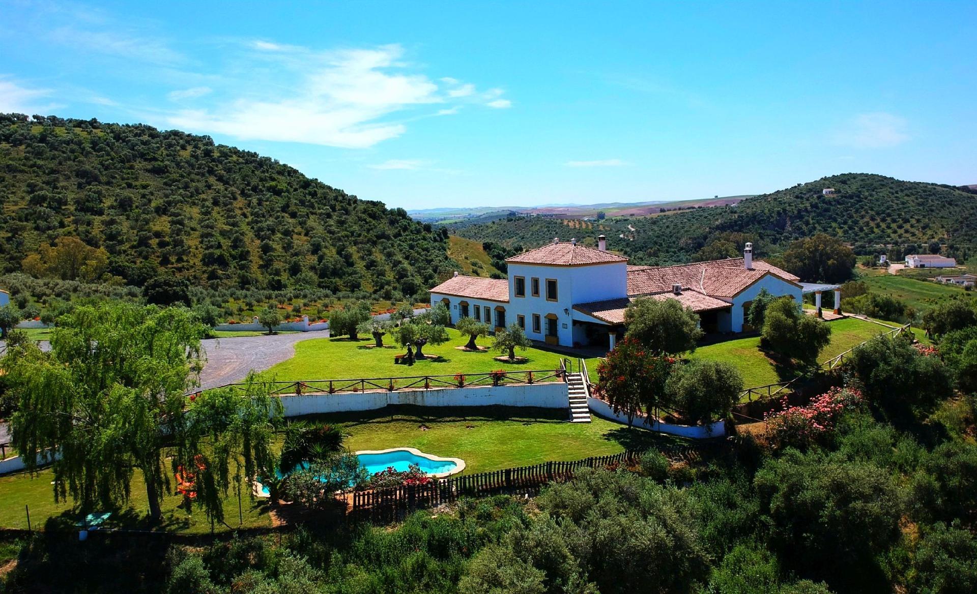 Ferienhaus mit Privatpool für 18 Personen  +  Bauernhof