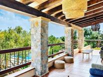 Ferienhaus 1450357 für 8 Personen in San Lorenzo de Cardessar