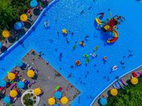 Ferienhaus 1450396 für 6 Personen in Cavalcaselle