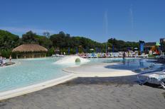 Ferienhaus 1450435 für 4 Erwachsene + 1 Kind in Lido di Jesolo