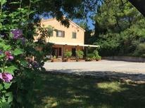 Vakantiehuis 1450933 voor 10 personen in Ancona