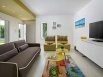 Vakantiehuis 1450953 voor 9 personen in Stanišovi