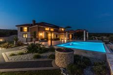 Maison de vacances 1450993 pour 10 personnes , Stara Novalja