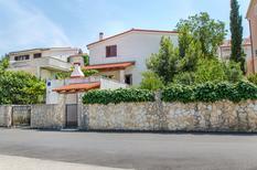 Appartamento 1451105 per 5 persone in Seget Vranjica