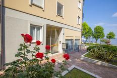 Ferienwohnung 1451472 für 4 Personen in Desenzano del Garda