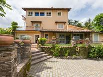 Ferienhaus 1452210 für 9 Personen in Rocca Di Papa