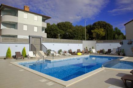 Für 5 Personen: Hübsches Apartment / Ferienwohnung in der Region Vodnjan