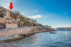 Ferienwohnung 1456946 für 3 Personen in Starigrad bei Senj