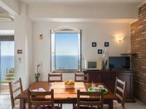 Ferienhaus 1456974 für 4 Personen in Alassio