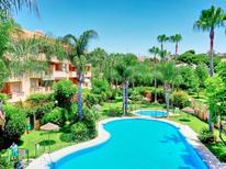 Ferienwohnung 1457056 für 6 Personen in Marbella