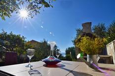 Ferienwohnung 1457563 für 5 Personen in Makarska