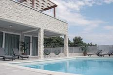 Casa de vacaciones 1457621 para 10 personas en Jelsa